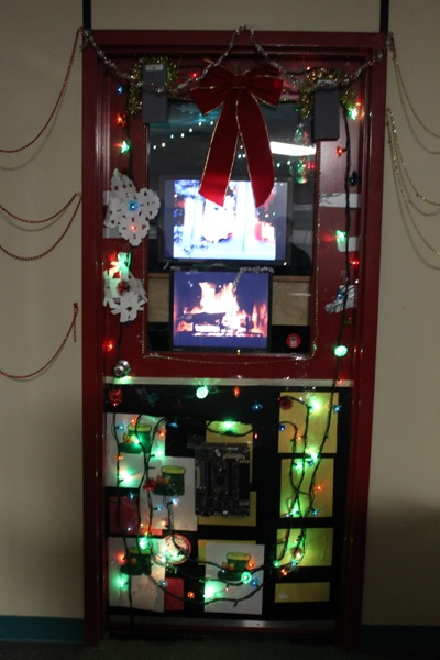 3d christmas door decorating contest winners. Thanks To Everyone Who Participated This Years Door Decorating Contest. As Usual There Were Dozens Of Very Creative And Festive Displays In All Corners 3d Christmas Contest Winners S